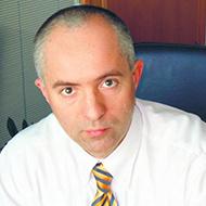 dr Piotr Bodył-Szymala